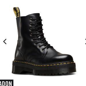 NWT women's Jadon boot size 10